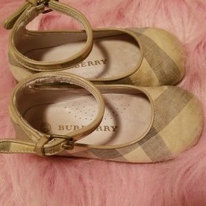 Burberry Mary Jane Style Canvas Shoes Size 23